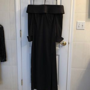 Cache vintage black off the shoulder gown 12